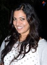 Geetha-Madhuri-Image17