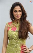 Shilpa-Reddy-Image38