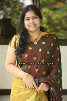 Usha-(singer)-Image4