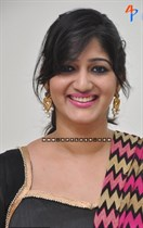 Divya-(Singer)-Image27