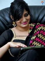 Divya-(Singer)-Image13