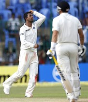 India-vs-New-Zealand-2nd-Test-Match-Image14