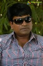 Ravi-Babu-Image38