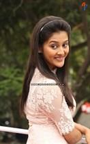 Pooja-Jhaveri-Image24