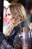 Chrissy-Teigen-New-Years-Eve-with-Carson-Daly-in-New-York-City-Image17