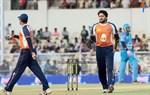 CCL-5-Mumbai-Heroes-Vs-Veer-Marathi-Match-Image12