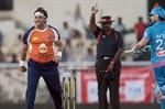 CCL-5-Mumbai-Heroes-Vs-Veer-Marathi-Match-Image7