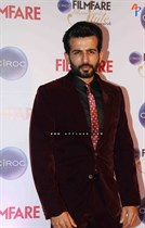 Bollywood-celebrities-at-Ciroc-Filmfare-Glamour-and-Style-Awards-Image38