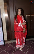 Raindropss-Sadhanai-Pengal-Womens-Day-Awards-Image32