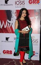 Raindropss-Sadhanai-Pengal-Womens-Day-Awards-Image31