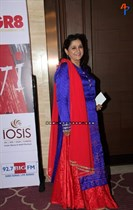 Raindropss-Sadhanai-Pengal-Womens-Day-Awards-Image12