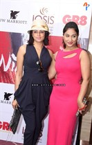 Raindropss-Sadhanai-Pengal-Womens-Day-Awards-Image1