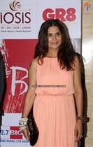 Bollywood-Celebs-at-Anu-Ranjan-Be-with-Beti-Charity-Campaign-Image17