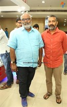 Tollywood-Celebs-at-Tungabhadra-Movie-Special-Show-Image31