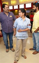 Tollywood-Celebs-at-Tungabhadra-Movie-Special-Show-Image30