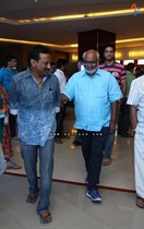 Tollywood-Celebs-at-Tungabhadra-Movie-Special-Show-Image21