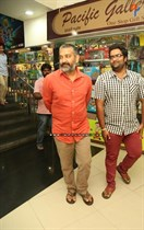 Tollywood-Celebs-at-Tungabhadra-Movie-Special-Show-Image4
