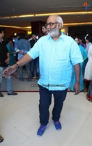 Tollywood-Celebs-at-Tungabhadra-Movie-Special-Show-Image3