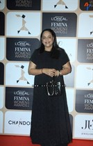 Bollywood-Celebrities-at-LOreal-Paris-Femina-Women-Awards-2015-Image32