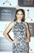 Bollywood-Celebrities-at-LOreal-Paris-Femina-Women-Awards-2015-Image24