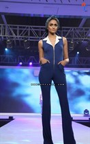 Bollywood-Models-and-Actresses-At-Launch-of-LIVA-Fashion-Image39