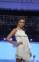 Bollywood-Models-and-Actresses-At-Launch-of-LIVA-Fashion-Image32
