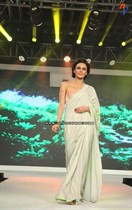 Bollywood-Models-and-Actresses-At-Launch-of-LIVA-Fashion-Image21
