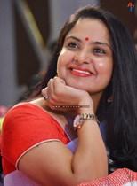 Pragathi-(Aunty)-Image15