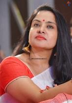 Pragathi-(Aunty)-Image8