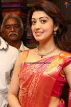 Pranitha-Image29